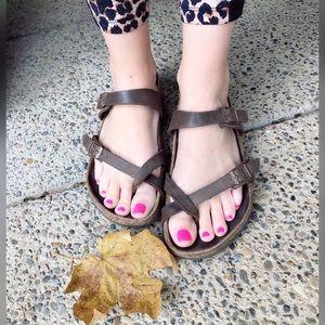 Cutie, BIRKENSTOCK, criss cross sandals!!